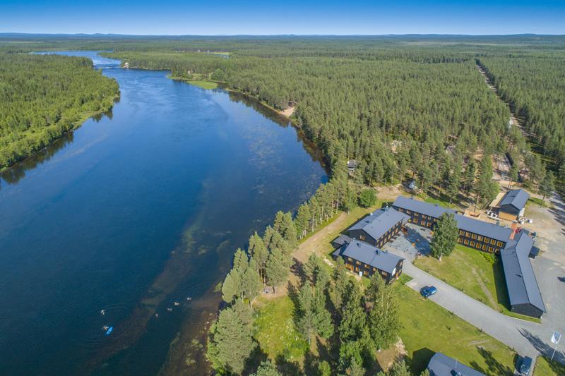 Arctic River Lodge in Zweden in de zomer © Fotograf Michael Törnkvist