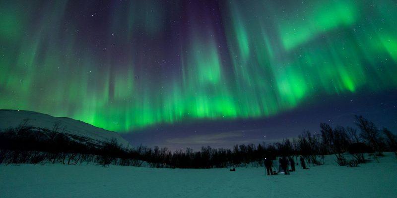 Tijdens een Aurora Foto hunt op zoek naar het noorderlicht