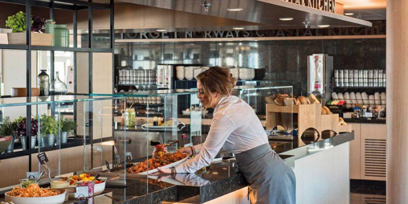 Hurtigruten-het-leven-aan-boord-Norway's-Coastal-Kitchen