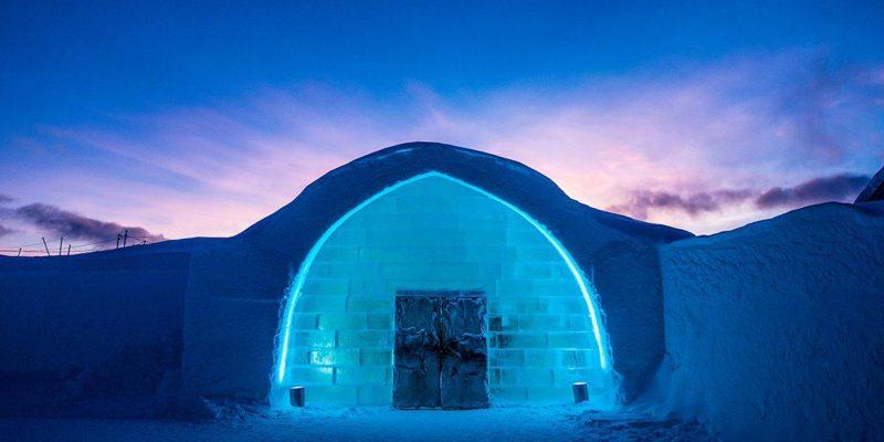 Ingang van het ICEhotel