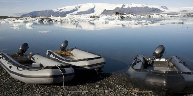 Neem-deel-aan-een-zodiactocht-IJsland