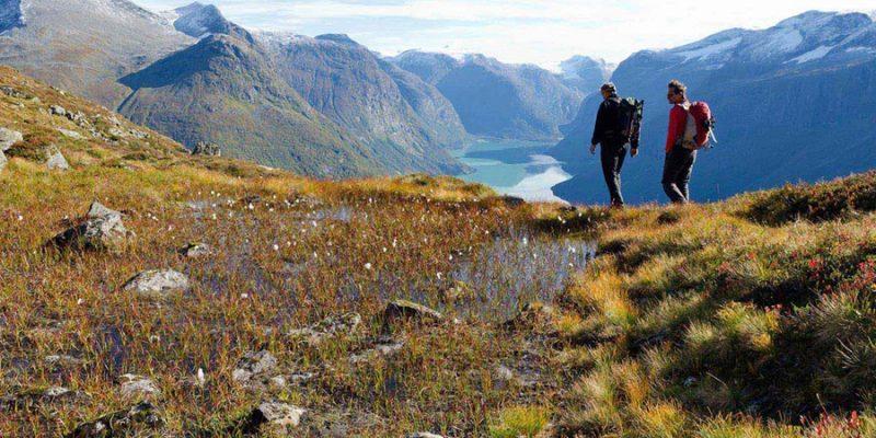 Noorwegen-Nordfjord-loen-wandelen
