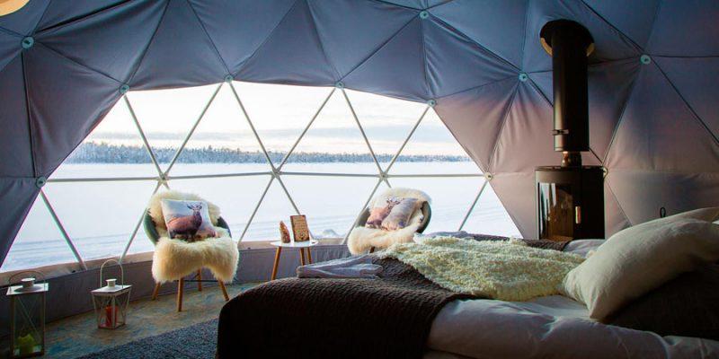 Overnacht-in-een-Aurora-Dome-dichtbij-Harriniva
