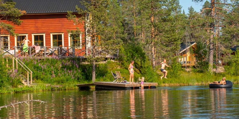Pinetree-Lodge-Zweden-waterpret-in-de-zomer