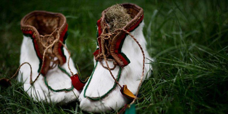 Sami-tradionele-schoenen-Lapland