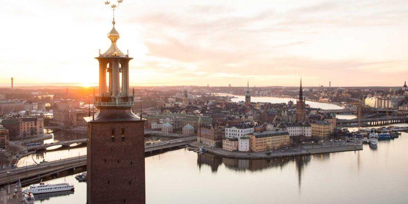Stockholm-stadhuis-met-zon