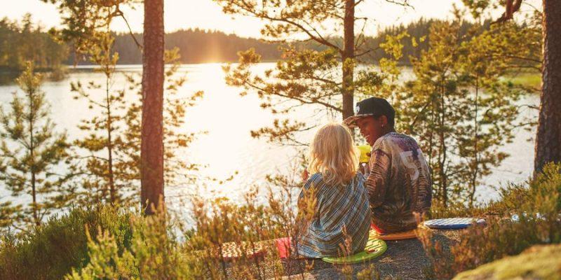 Uitzicht op het meer in Varmland Zweden
