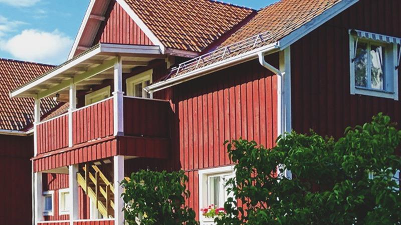Buitenkant-van-appartement-Lovsjö-Furudal-Zweden