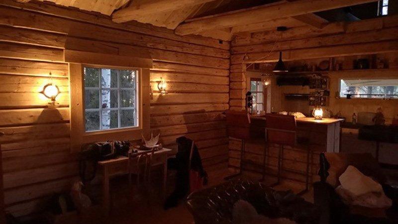 Wolverine-cabin-leefruimte
