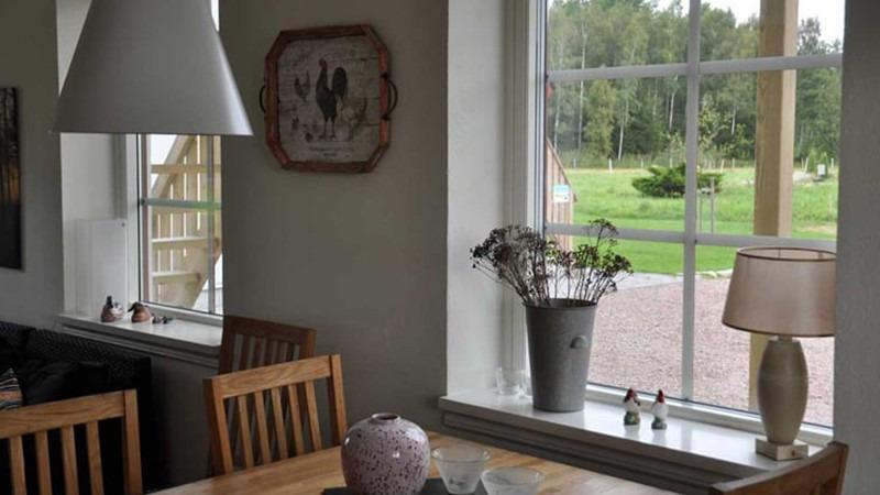 eetkamer-vakantiehuis-Logen-Hjortsby-Torp-Zweden