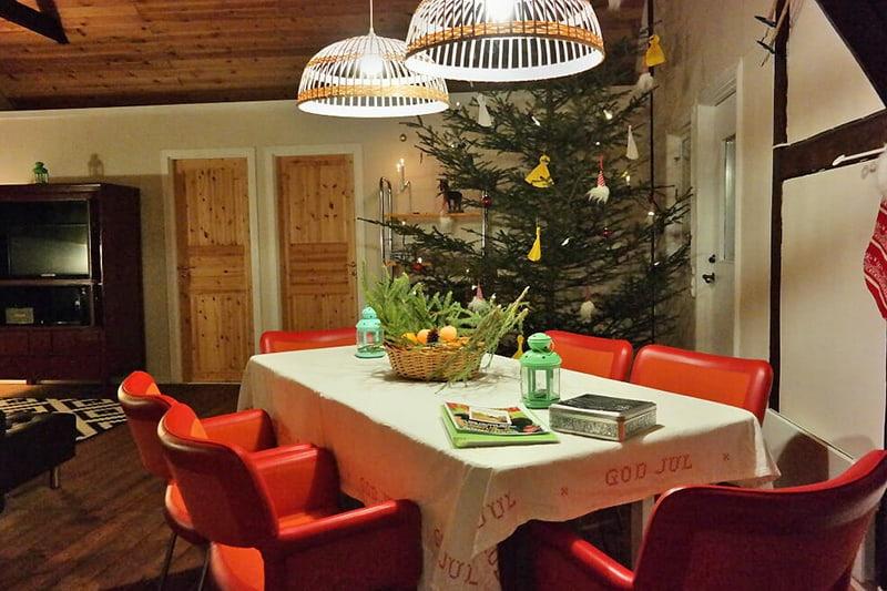eetkamer-van-appartement-Hölada-in-Gastrikland-Zweden