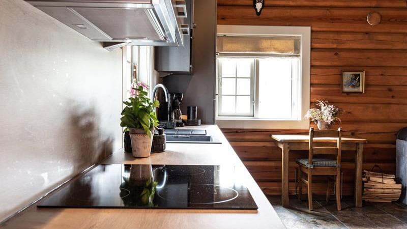 keuken-van-Fjällripan-vakantiehuis-in-Lofsdalen-Zweden