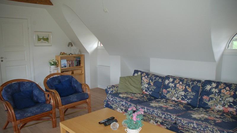 leefruimte-van-appartement-Loftet-in-Hjortsby-Torp-in-Zweden