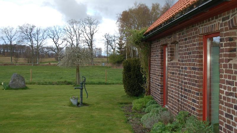 uitzicht-vakantiehuis-stallet-in-hjortsby-torp-in-Zweden
