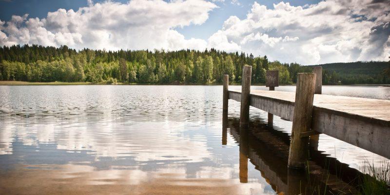 Een van de vele meren in Zweden - naar Zweden met Nordic