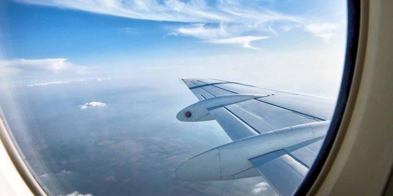 vleugel-vliegtuig-vanuit-de-lucht