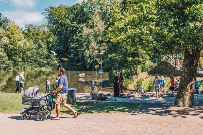 Speeltuin in het park in Odense