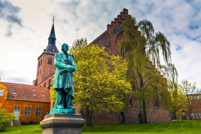 Standbeeld Hans Christian Andersen in geboortestad Odense