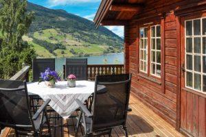 Balkon van het vakantiehuis met prachtig uitzicht