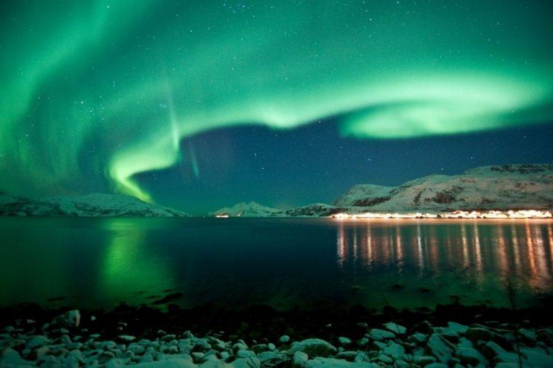 Het nooderlicht spotten op je Hurtigruten cruise