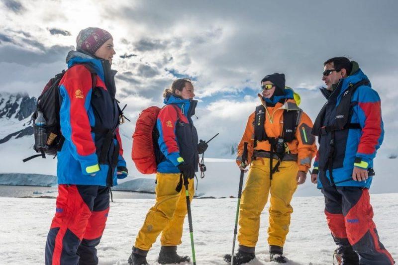 Het expeditieteam staat te popelen om hun kennis met je te delen.