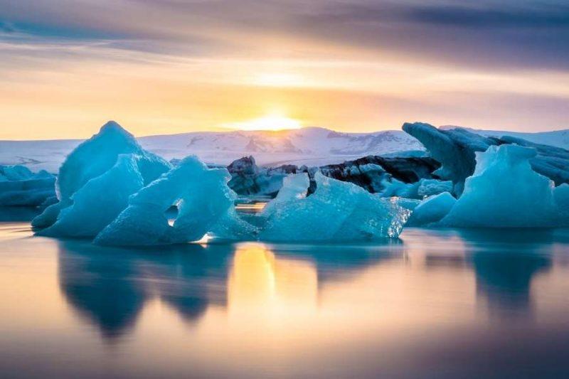 Prachtige ijsbergen op reis naar IJsland met Nordic
