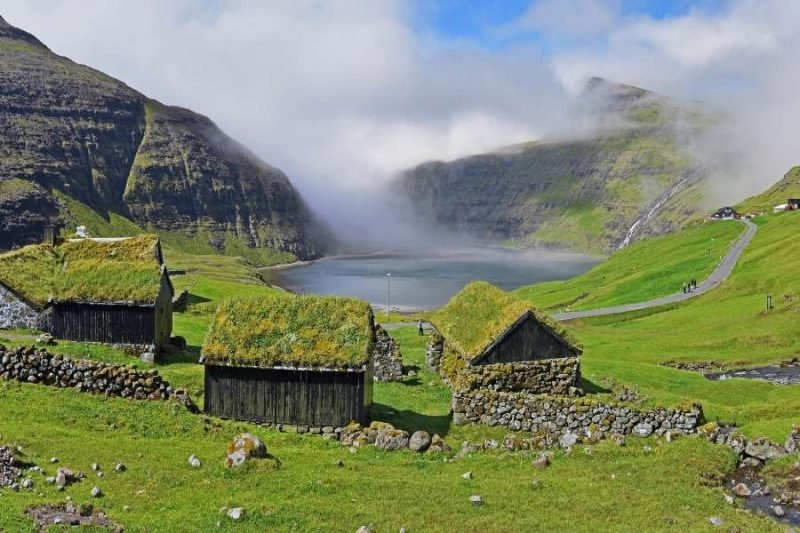 Saksun vallei met huisjes - reizen met Nordic