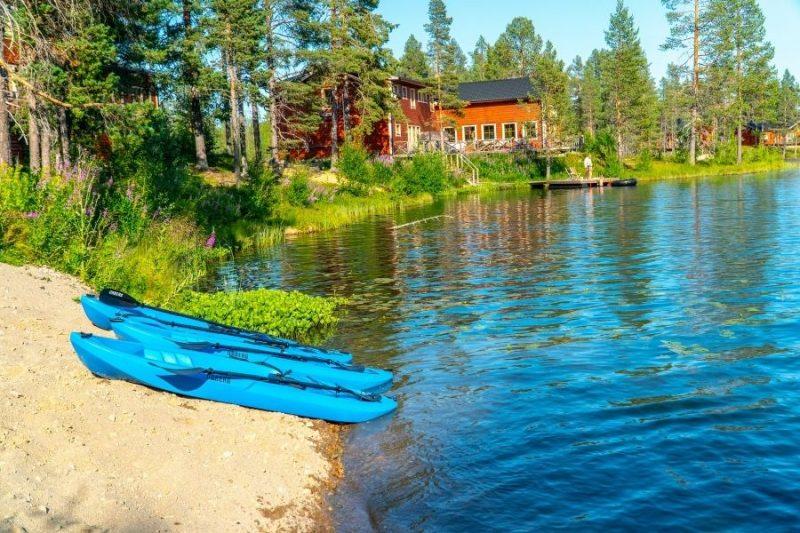 Aan de Pinetree Lodge valt er heel wat waterpret te beleven.