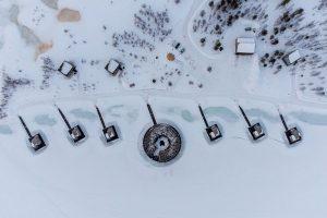 De verschillende cabines bij het Arctic Bath