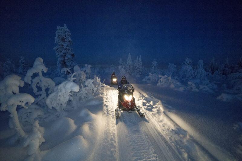 Ga op sneeuwschootertocht op de Arctic Wonderland reis - naar Zweeds Lapland met Nordic